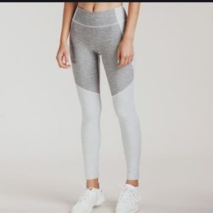 Outdoor Voices Two Warmup Gray Color block legging